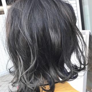 ダブルカラー アッシュ ネイビー ナチュラル ヘアスタイルや髪型の写真・画像 ヘアスタイルや髪型の写真・画像