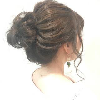 セミロング デート ヘアアレンジ 簡単ヘアアレンジ ヘアスタイルや髪型の写真・画像