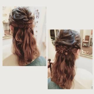 外国人風 セミロング 大人かわいい 結婚式 ヘアスタイルや髪型の写真・画像 ヘアスタイルや髪型の写真・画像