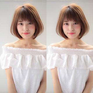 ショートボブ 小顔 大人かわいい かわいい ヘアスタイルや髪型の写真・画像 ヘアスタイルや髪型の写真・画像
