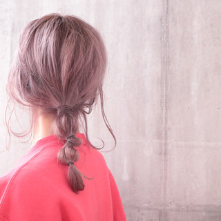 ナチュラル ピンクアッシュ 簡単ヘアアレンジ ピンクバイオレット ヘアスタイルや髪型の写真・画像
