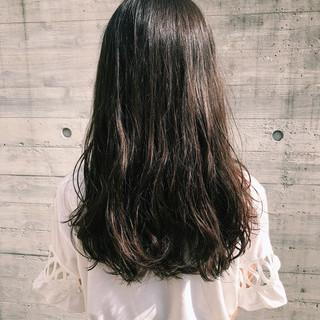 パーマ 愛され ロング デジタルパーマ ヘアスタイルや髪型の写真・画像