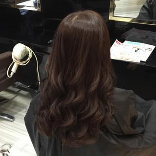 ウェーブ アッシュ ロング ナチュラル ヘアスタイルや髪型の写真・画像