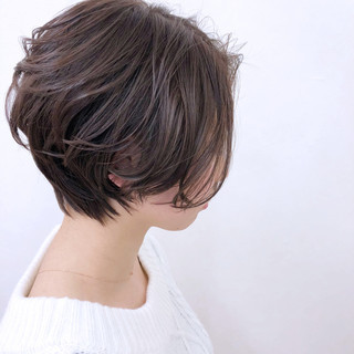 前髪なし リラックス ナチュラル 大人かわいい ヘアスタイルや髪型の写真・画像 ヘアスタイルや髪型の写真・画像
