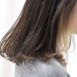 ダブルカラー ナチュラル セミロング インナーカラー ヘアスタイルや髪型の写真・画像