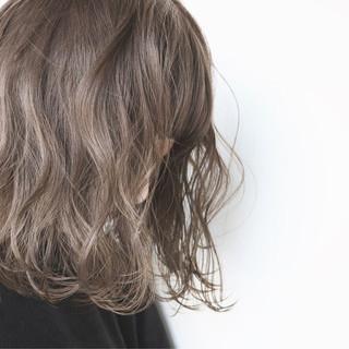 パーマ ボブ 外国人風カラー ナチュラル ヘアスタイルや髪型の写真・画像