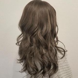 大人かわいい イルミナカラー ロング 透明感 ヘアスタイルや髪型の写真・画像