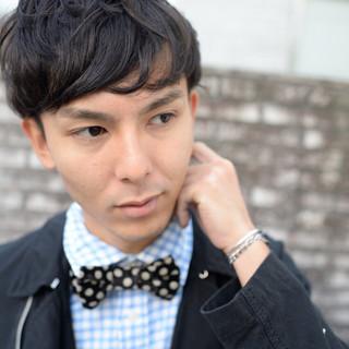 パーマ ボーイッシュ ショート 黒髪 ヘアスタイルや髪型の写真・画像