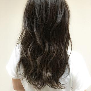 オフィス デート アンニュイ ロング ヘアスタイルや髪型の写真・画像