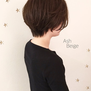 ナチュラル ショート ゆるナチュラル ショートヘア ヘアスタイルや髪型の写真・画像