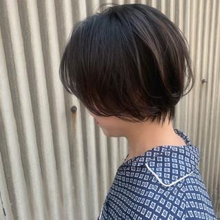 簡単ヘアアレンジ エフォートレスウェーブ ナチュラル ショート ヘアスタイルや髪型の写真・画像