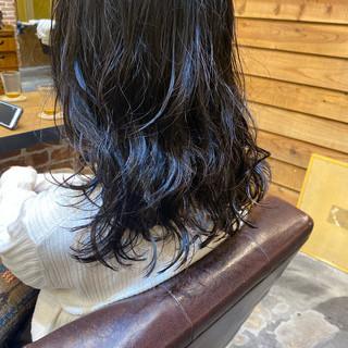 ロングヘア ロング 小顔ヘア グレージュ ヘアスタイルや髪型の写真・画像