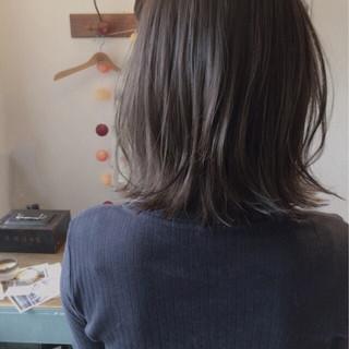ボブ 抜け感 リラックス アッシュ ヘアスタイルや髪型の写真・画像