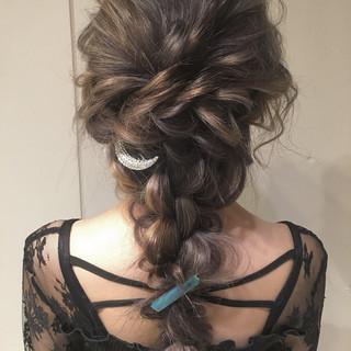 ナチュラル 編み込み 大人かわいい ヘアアレンジ ヘアスタイルや髪型の写真・画像