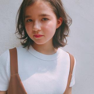 ショートボブ ナチュラル シースルーバング ヘルシースタイル ヘアスタイルや髪型の写真・画像