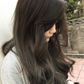 ロング ハイライト ストリート ブラウン ヘアスタイルや髪型の写真・画像