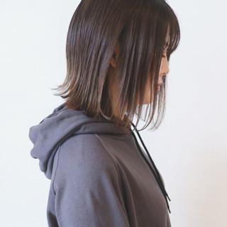 グラデーションカラー ストリート 切りっぱなしボブ アッシュ ヘアスタイルや髪型の写真・画像