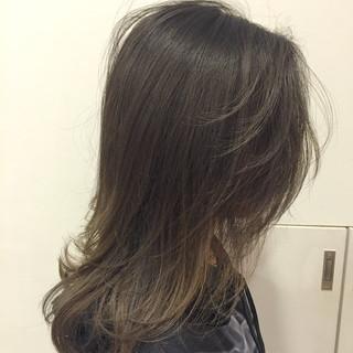 ブルージュ グレージュ 外国人風 アッシュ ヘアスタイルや髪型の写真・画像