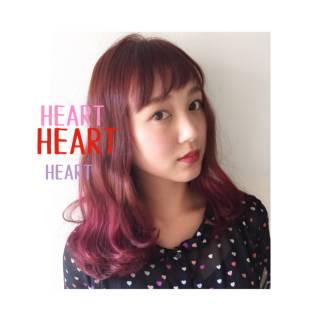 グラデーションカラー ミディアム ピンク レッド ヘアスタイルや髪型の写真・画像