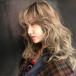 アッシュ ストリート ロング 外国人風 ヘアスタイルや髪型の写真・画像
