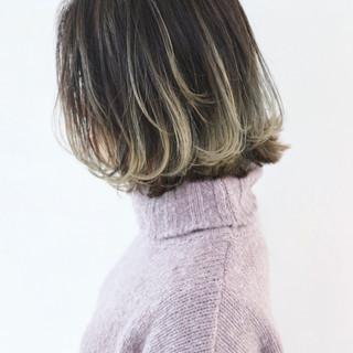 外国人風カラー ストリート アンニュイほつれヘア アッシュ ヘアスタイルや髪型の写真・画像