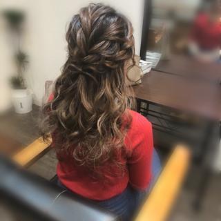 ガーリー ねじり ハーフアップ ロング ヘアスタイルや髪型の写真・画像