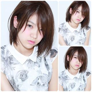 ミディアム イルミナカラー グレージュ 暗髪 ヘアスタイルや髪型の写真・画像