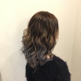 外国人風カラー 夏 グラデーションカラー セミロング ヘアスタイルや髪型の写真・画像