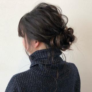 セミロング ヘアアレンジ ナチュラル 外国人風 ヘアスタイルや髪型の写真・画像 ヘアスタイルや髪型の写真・画像