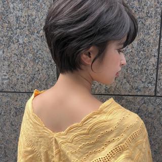 ショート 暗髪 ショートボブ グレージュ ヘアスタイルや髪型の写真・画像