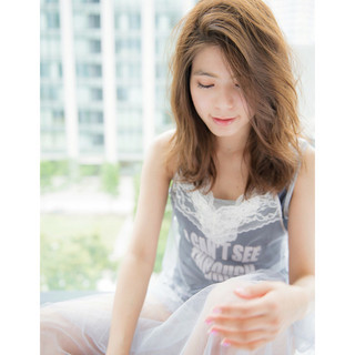 大人かわいい ヘアアレンジ アッシュ 巻き髪 ヘアスタイルや髪型の写真・画像 ヘアスタイルや髪型の写真・画像