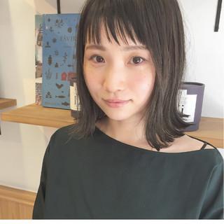前髪あり 外ハネ モード 切りっぱなし ヘアスタイルや髪型の写真・画像