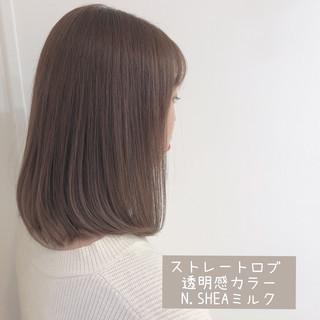 透明感 ハイトーンカラー オフィス ミディアム ヘアスタイルや髪型の写真・画像