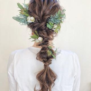 ヘアアレンジ フェミニン 花嫁 編み込み ヘアスタイルや髪型の写真・画像