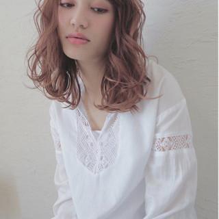 前髪あり セミロング 抜け感 シナモンベージュ ヘアスタイルや髪型の写真・画像