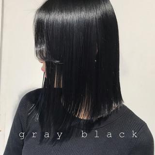 アッシュグレージュ オフィス グレージュ 暗髪 ヘアスタイルや髪型の写真・画像