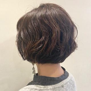 ナチュラル ショートパーマ ショート パーマ ヘアスタイルや髪型の写真・画像