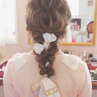 セルフヘアアレンジ ヘアアクセ 結婚式 フェミニン ヘアスタイルや髪型の写真・画像