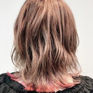 圧倒的透明感 ミディアム エレガント 裾カラー ヘアスタイルや髪型の写真・画像