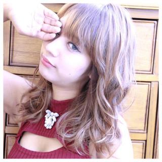 フェミニン ゆるふわ 外国人風 ガーリー ヘアスタイルや髪型の写真・画像 ヘアスタイルや髪型の写真・画像