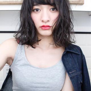 フリンジバング ミルクティー 外国人風 パーマ ヘアスタイルや髪型の写真・画像
