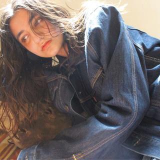 デート ヘルシー ロング アンニュイほつれヘア ヘアスタイルや髪型の写真・画像 ヘアスタイルや髪型の写真・画像