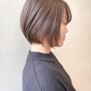 ショートボブ ショート ミルクティーベージュ ショートヘア ヘアスタイルや髪型の写真・画像