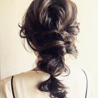 抜け感 セミロング 簡単ヘアアレンジ 結婚式 ヘアスタイルや髪型の写真・画像