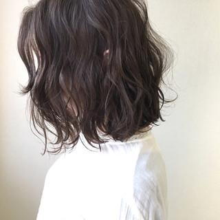 おフェロ アンニュイ ボブ フェミニン ヘアスタイルや髪型の写真・画像