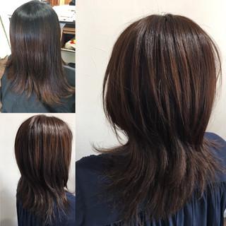 ニュアンスウルフ ナチュラルウルフ ロング ウルフ女子 ヘアスタイルや髪型の写真・画像