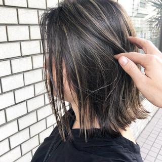 アンニュイほつれヘア ストリート デート 切りっぱなしボブ ヘアスタイルや髪型の写真・画像