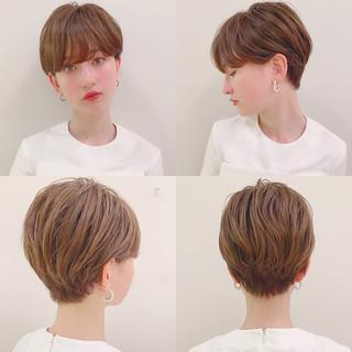 ナチュラル パーマ ショート アウトドア ヘアスタイルや髪型の写真・画像