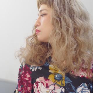 ウェーブ ルーズ ラフ セミロング ヘアスタイルや髪型の写真・画像