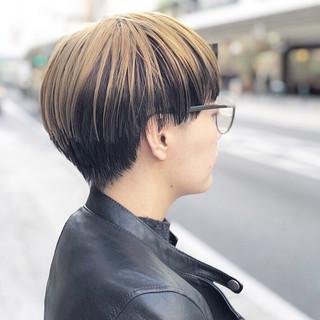 インナーカラー アッシュグラデーション ショートボブ ショート ヘアスタイルや髪型の写真・画像